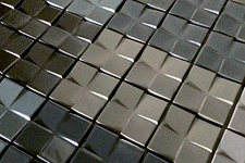 Japanese ceramic tile Photo:PIN WHEEL