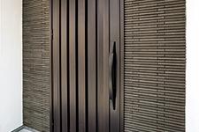 Japanese ceramic tile Photo:ROG