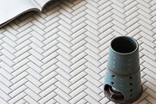 Japanese ceramic tile Photo:SAVOR BORDER