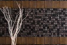 Japanese ceramic tile Photo:SABI