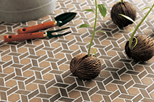 Japanese ceramic tile Photo:CLAYDROP