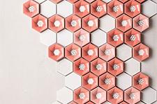 Japanese ceramic tile Photo:Shutter