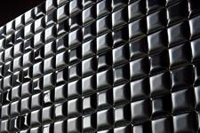 Japanese ceramic tile Photo:CHOCOLATE
