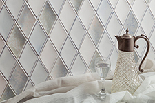 Japanese ceramic tile Photo:TAIKAN