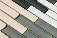 Japanese ceramic tile Photo:DENTED BORDER